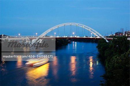 Bridge in the center of Nashville, Tennessee, USA