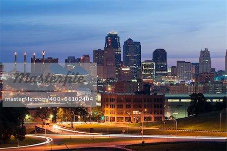 Image of the Kansas City skyline at sunrise.