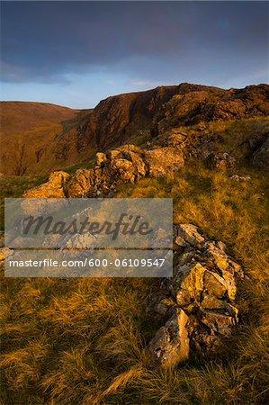 Kirkfell Crags vue depuis le col de Blacksail, Parc National de Lake District, Cumbria, Angleterre