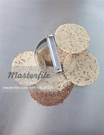 Emporte-pièces avec pâte à tours