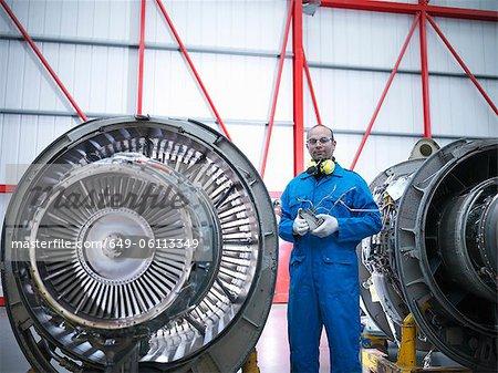 Travailleur permanent de moteurs d'avion