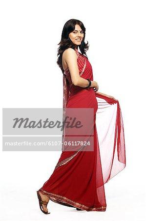 Portrait de jeune femme en sari