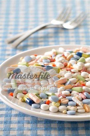 Plaque pleine de pilules