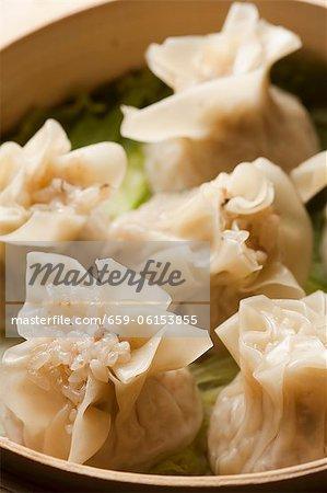 Plateau de raviolis chinois de jessica remplis de riz gluant
