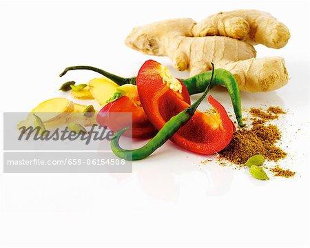 Ingwer, Pfeffer, Paprika, Curry-Pulver