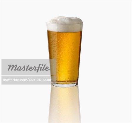 Ein Glas Lagerbier