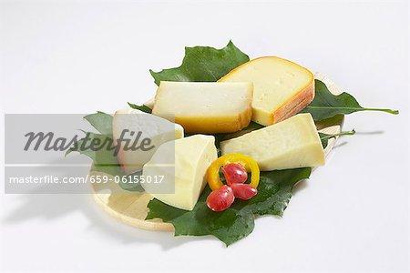 Fromages espagnols sur les feuilles
