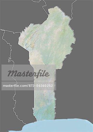 Carte du relief du Bénin (avec bordure et masque). Cette image a été compilée à partir de données acquises par les satellites landsat 5 & 7 combinées avec les données d'élévation.