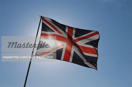 Un drapeau britannique et rétro-éclairé
