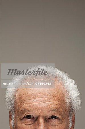 Alter Mann, Porträt abgeschnitten