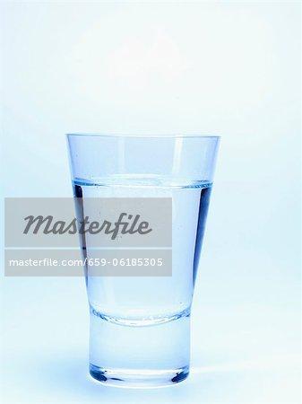 Glas Schnaps