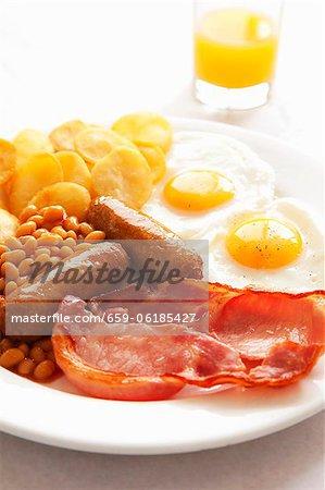 English breakfast with orange juice