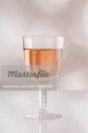 Ein Glas rosÈ Wein