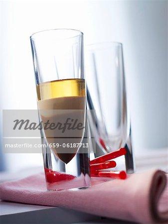 """""""""""B52' cocktails avec liqueur de café et de rhum"""