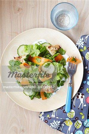 Salade de poulet avec vinaigrette au yogourt