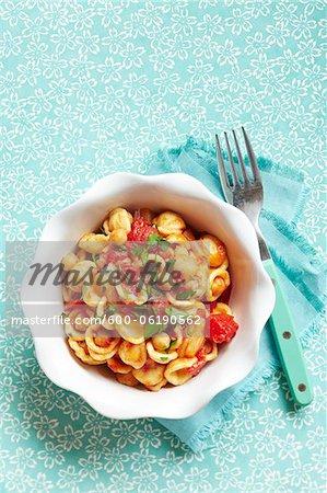 Orecchiette mit Tomoto Sauce und Kräutern