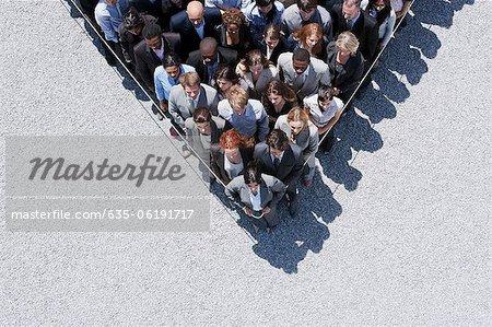 Corde autour des gens d'affaires