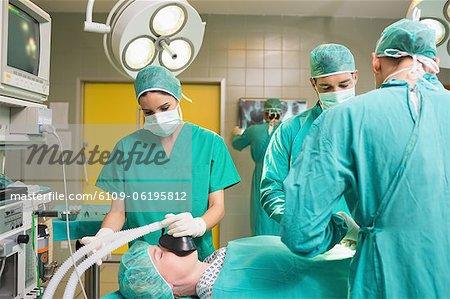 Betrieb ein Patienten op-team