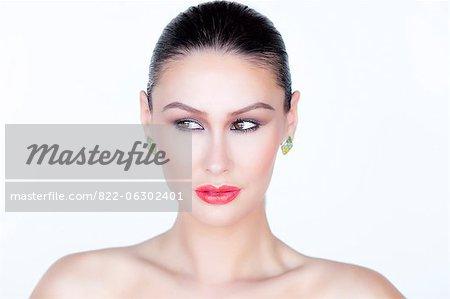 Porträt Frau mit rotem Lippenstift