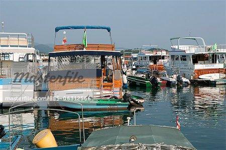 Yachten Ankern von der Pier, Sai Kung, Hong Kong