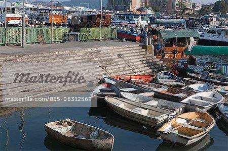Boote und Yachten, die Verankerung von der Pier, Sai Kung, Hong Kong