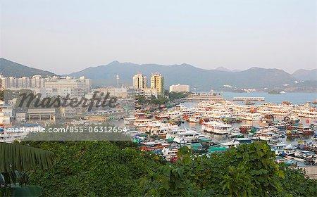 Surplombant le vieux village de Tui Min Hoi, Sai Kung, Hong Kong