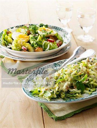 Zucchini and lettuce salad