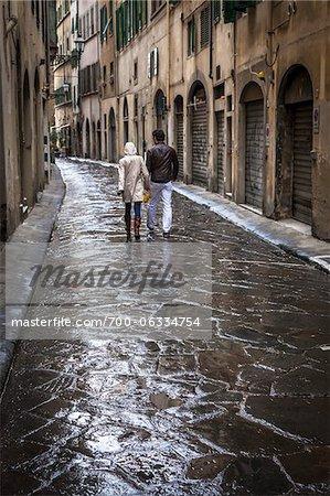 Paar gehen, Florenz, Toskana, Italien