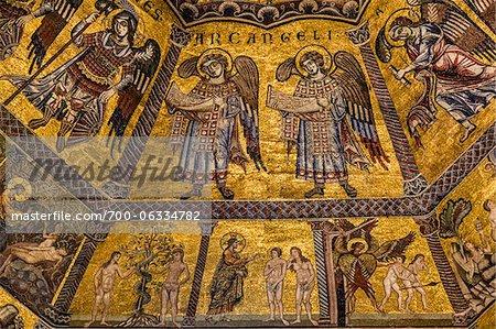 Oeuvre représentant Adam et Eve, baptistère, Basilica di Santa Maria del Fiore, Florence, Toscane, Italie