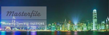 Lumière montrer « Symphonie de lumière » de Victoria Harbour, Hong Kong