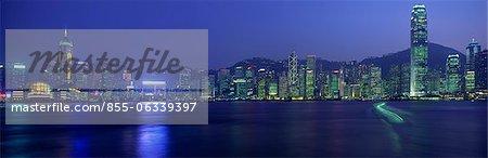 Spectaculaire skyline de Hong Kong de Victoria Harbour, Hong Kong