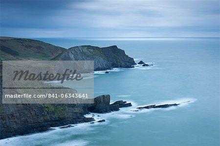 Falaises près de Hartland Point North Devon, Angleterre, Royaume-Uni, Europe