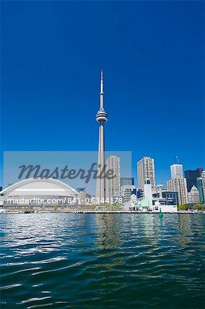 Toits de la ville montrant la tour CN, Toronto, Ontario, Canada, en Amérique du Nord