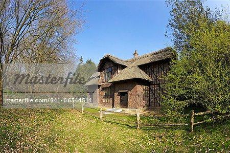 Queen Charlottes Cottage, Royal Botanic Gardens, Kew, patrimoine mondial de l'UNESCO, Londres, Royaume-Uni, Europe