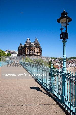 Le Grand Hôtel du pont de falaise, Scarborough, North Yorkshire, Yorkshire, Angleterre, Royaume-Uni, Europe