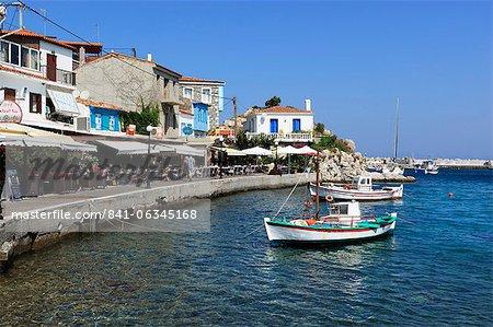 Cafes on harbour, Kokkari, Samos, Aegean Islands, Greece
