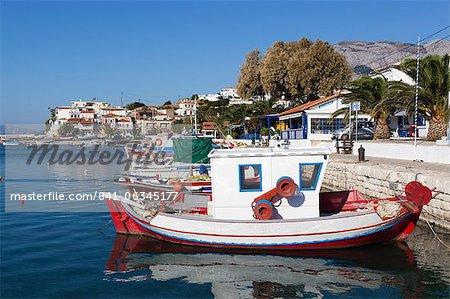 Port de pêche, Ormos Marathokampos, Samos, îles de l'Égée, Grèce