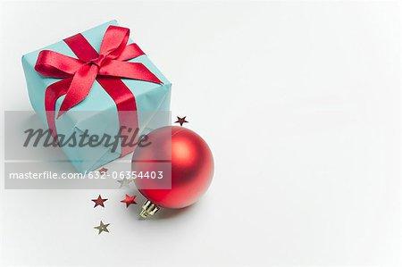 Cadeau de Noël et ornement