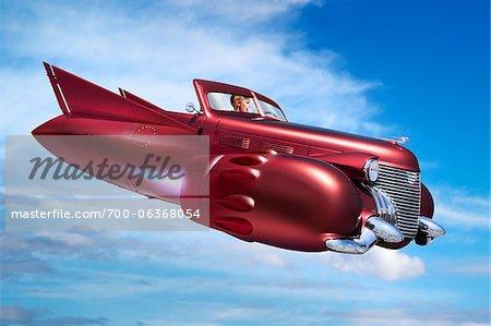 Frau im Auto Jet fliegen