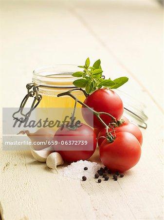 Ingrédients pour la soupe aux tomates