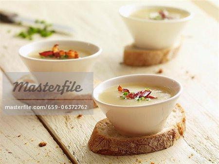 Soupe de pommes de terre aux lardons