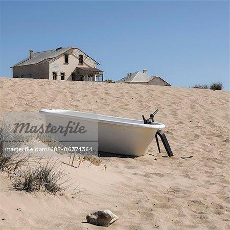 Victorian bathtub on sand dune, Kolmanskop, Luderitz, Karas Region, Namibia
