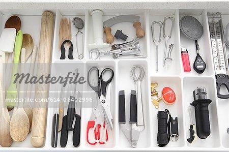 Ustensiles de tiroir de cuisine