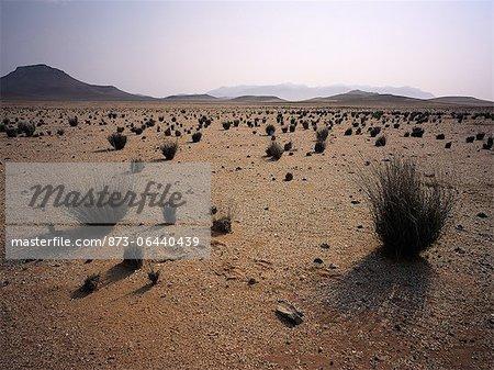 Paysage aride près Messum cratère Brandberg, Namibie, Afrique