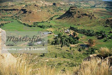 Des terres agricoles, Clarens, Monts Maluti, Free State, Afrique du Sud