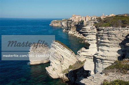 The Haute Ville perched on limestone cliffs in Bonifacio, Corsica, France, Mediterranean, Europe