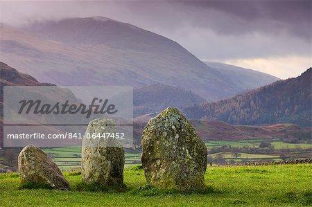 Cercle de Castlerigg Stone et montagnes, le Parc National de Lake District, Cumbria, Angleterre, Royaume-Uni, Europe