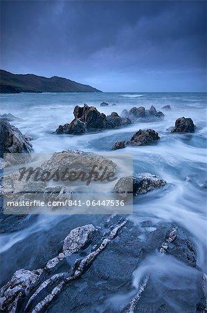 Conditions dramatiques dans la baie de Rockham, looking towards Morte Point, North Devon, Angleterre, Royaume-Uni, Europe