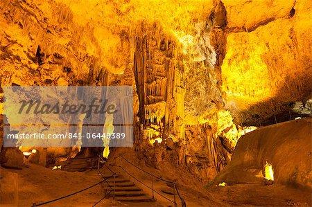 Grotte de Neptune près d'Alghero, Sardaigne, Italie, Europe