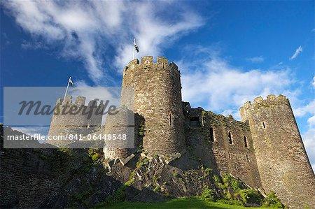 Château de Conwy en été, patrimoine mondial de l'UNESCO, Gwynedd, pays de Galles, Royaume-Uni, Europe